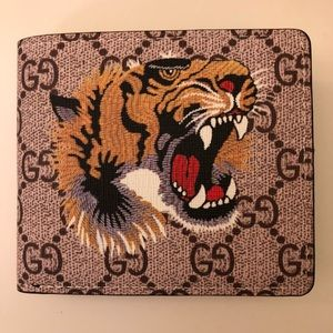 Gucci Wallet With Tiger Logo